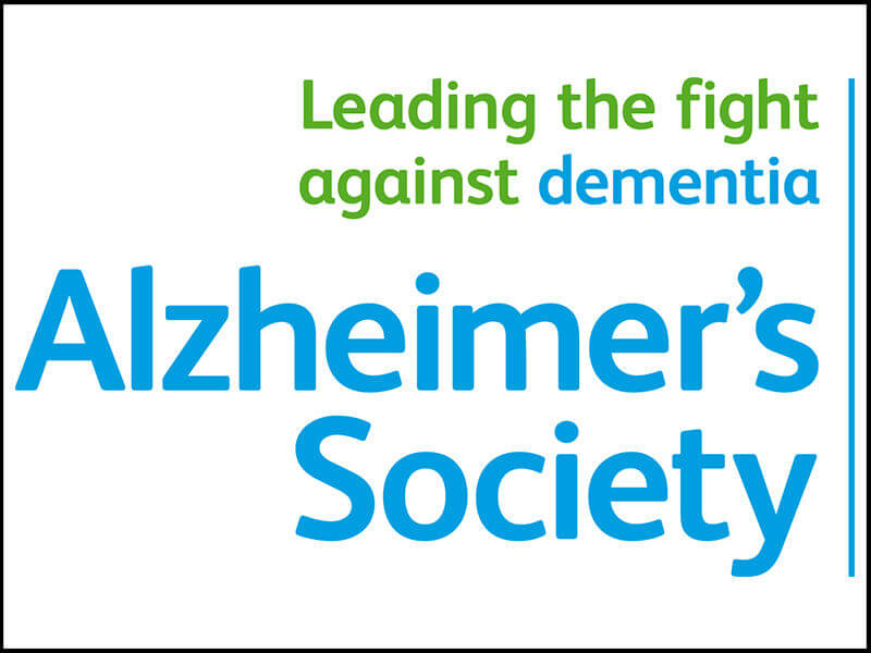 Roxana awarded a Dementia Leader Award by the Alzheimer's Society